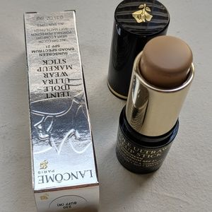 ULTRA LONGWEAR FOUNDATION STICK (230 Buff W)
